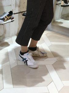 スニーカー履き比べ。